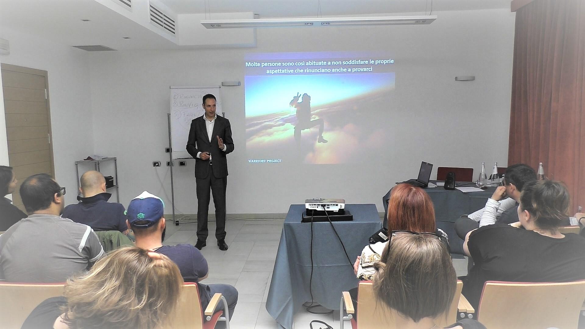 corso-di-formazione-warriors-project-reggio-emilia-crescita-personale-leadership-comunicazione-vincenzo-cento-parma 4